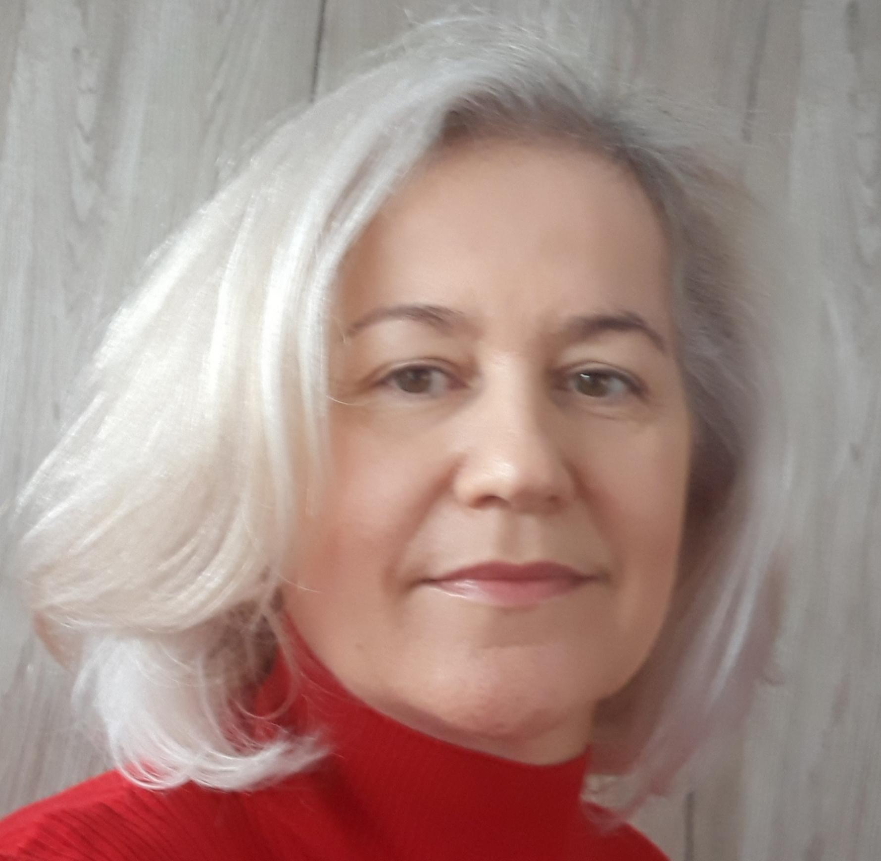 Mgr. Zuzana Valkovičová